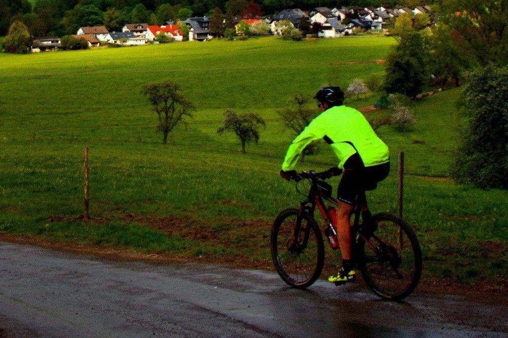 Handige regenkledij om buiten te sporten