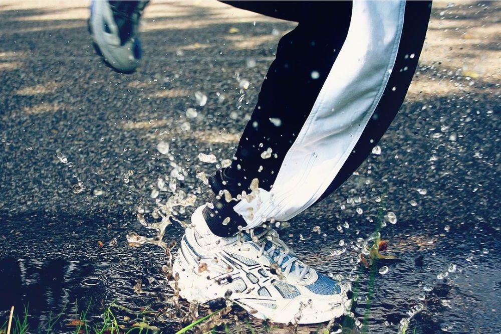 Handige regenkledij om te sporten